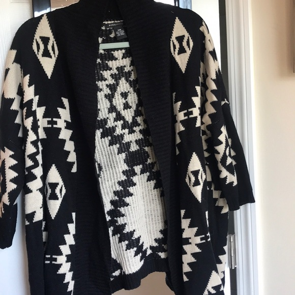 BCBGMaxAzria Sweaters - BCBG S/M cardigan